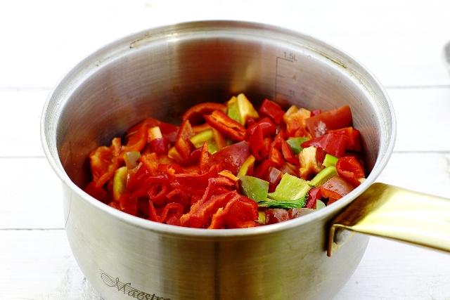 фото нарезки перца для соуса на зиму