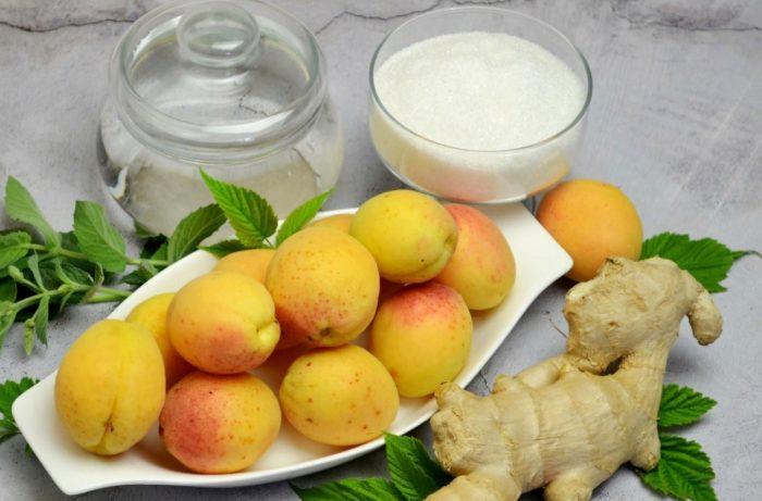 фото ингредиентов для приготовления абрикосового компота с имбирем и мятой на зиму