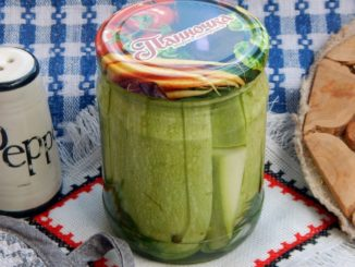 фото к рецепту маринованных кабачков брусочками