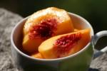 Персики консервированные в сиропе