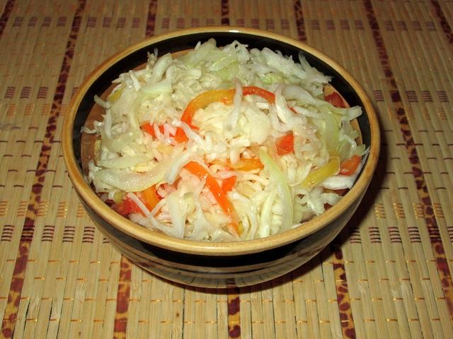 Салат из капусты с болгарским перцем на зиму рецепт приготовления