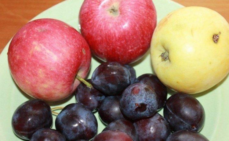 фото ингредиентов для приготовления пюре из яблок и слив