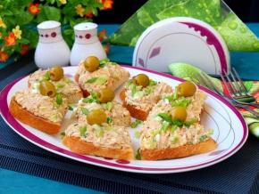 бутерброды с тунцом на новый год фото