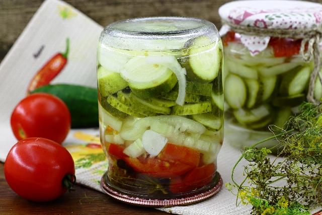 салат нежный из огурцов рецепт с фото