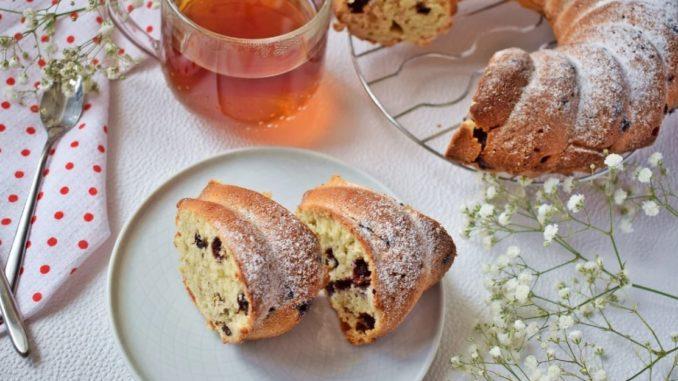 фото к рецепту черничного кекса с творожным сыром
