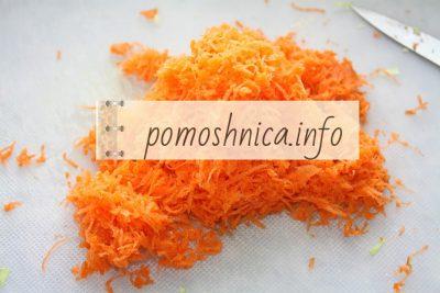 тертая морковь на салат с крабовыми палочками