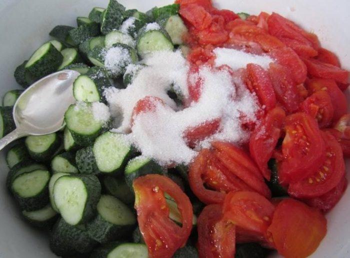 фото подготовленных ингредиентов для салата