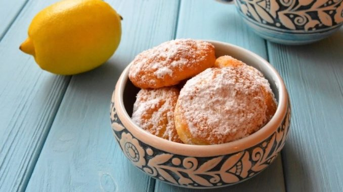 фото к рецепту творожного печенья с лимоном