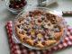 фото к рецепту черешневого пирога на молоке