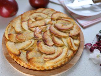 фото к рецепту французского яблочного пирога на тонком тесте