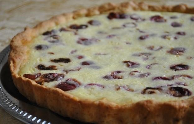 фото готового творожно-черешневого пирога