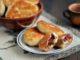 фото к рецепту жареных пирожков со сливами