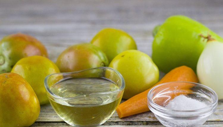 фото ингредиентов для приготовления салата из зеленых помидор на зиму