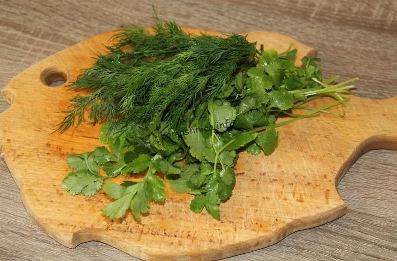 фото петрушки и укропа для салата с фасолью и курицей