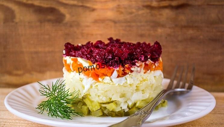 все рецепты слоеных салатов от сайта Ваш кулинарный путеводитель
