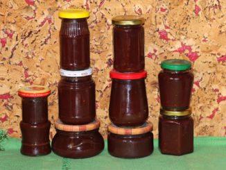 фото к рецепту острого соуса из слив на зиму