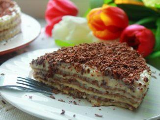 фото к рецепту торта из вафельных коржей с заварным кремом