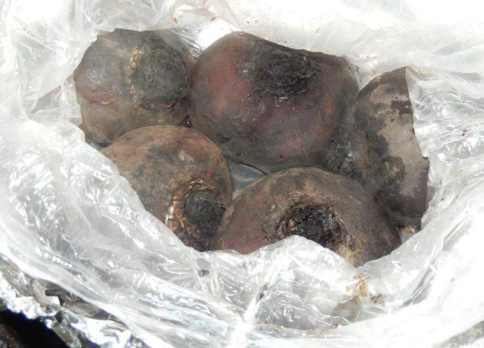фото запеченной свеклы для приготовления овощной икры